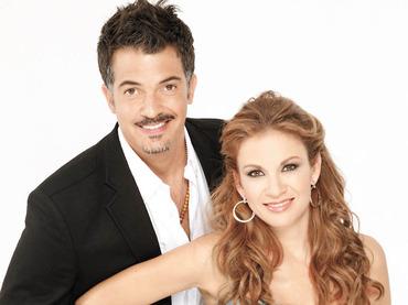 Las parejas m s atractivas del espect culo famosos express for Revistas de chismes del espectaculo